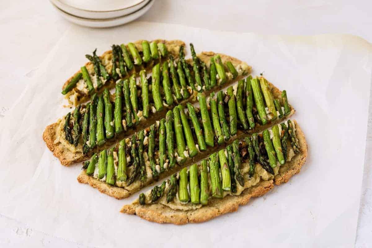 keto ricotta and asparagus flatbread {dairy-free}